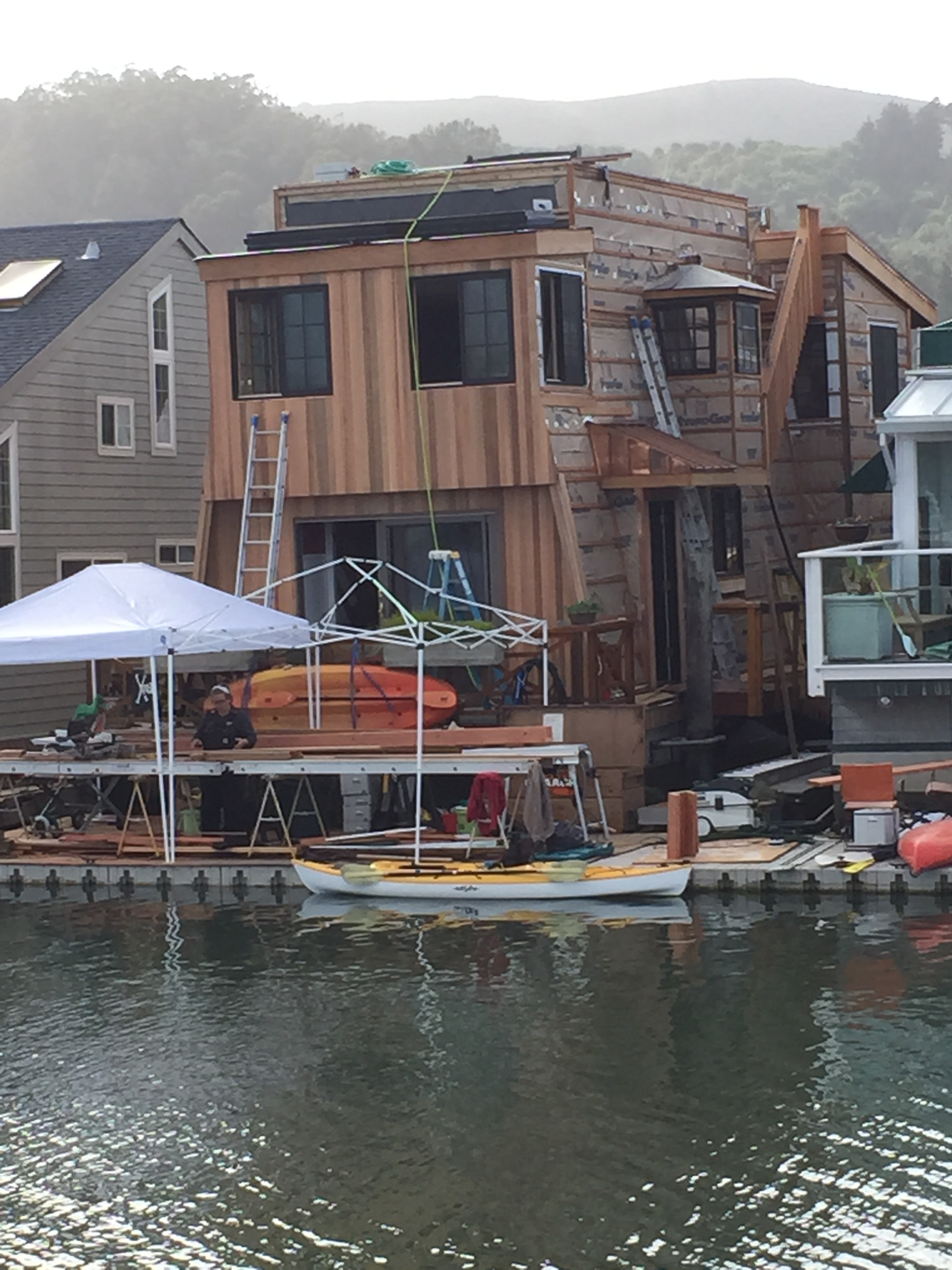 Acclaimed renovator calls on HydroGap for moisture management in unique Bay Area houseboat community